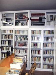interno-biblioteca-224x300
